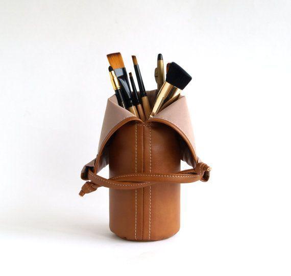 Makeup Brush Holder Mothers Day Gift For Grandma Makeup Brush Roll Leather Makeup bag Makeup Organize Brush Bag Travel Cosmetic Bag   - Organisation -