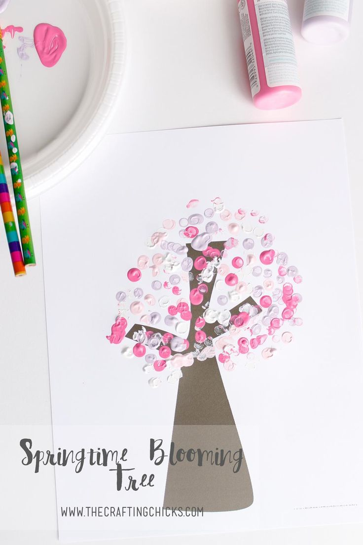 Springtime Blooming Tree Kids Craft. A fun project to do with kids on a rainy day or any day. A great way to keep them busy without making the house a mess.