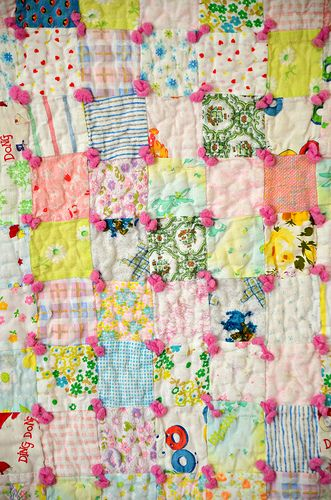 I've been wanting to tie a quilt for some time! With pink yarn ... : quilting with yarn - Adamdwight.com