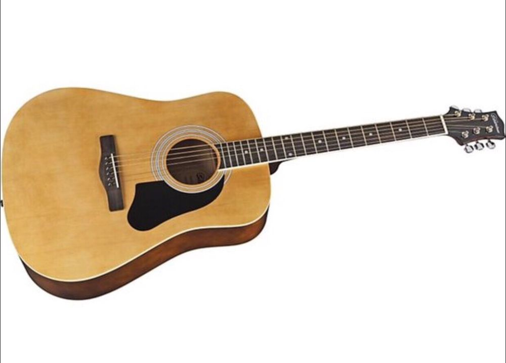 Silvertone Pro Series Acoustic Guitar Great Beginner Or Campfire Model Silvertone Acoustic Guitar Guitar Models For Sale