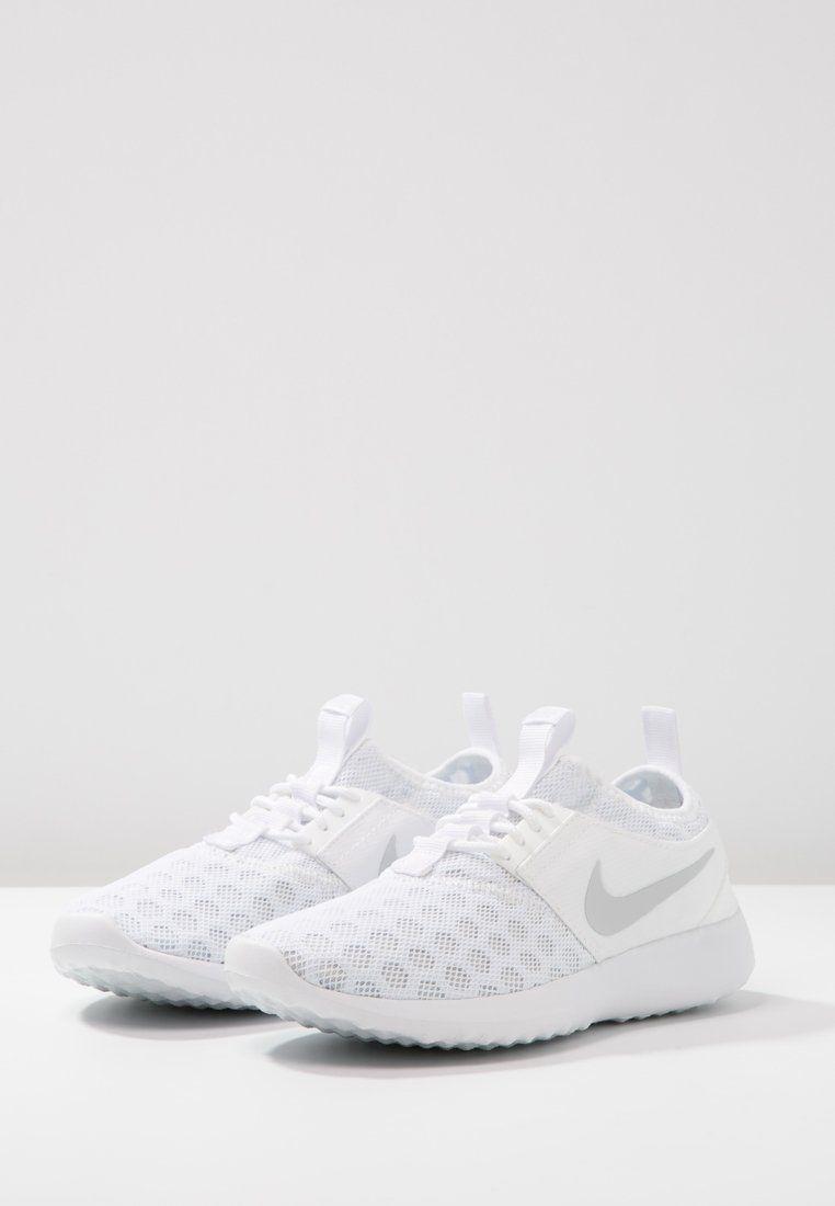 f8f02e0559 Nike Sportswear JUVENATE - Trainers - white pure platinum - Zalando.co.uk