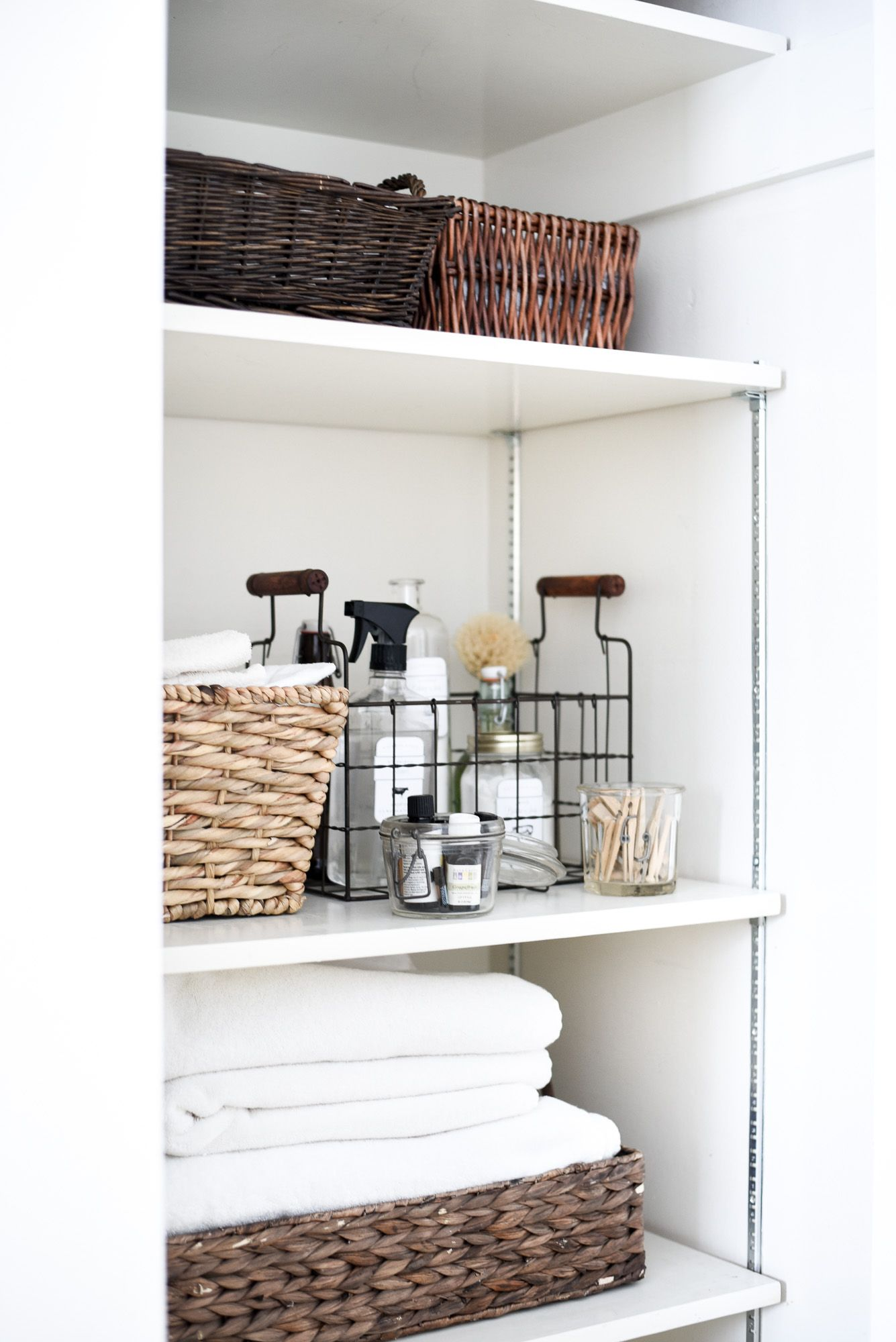 Badezimmerschrank Organisieren How To Organize A Closet In 30 Minutes Tips For Organizing