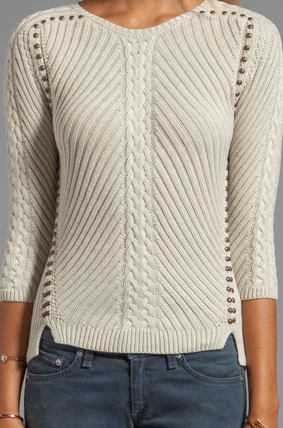 Autumn Cashmere Studded Rib Cable Crew Sweater en Chanvre | REVOLVE ...