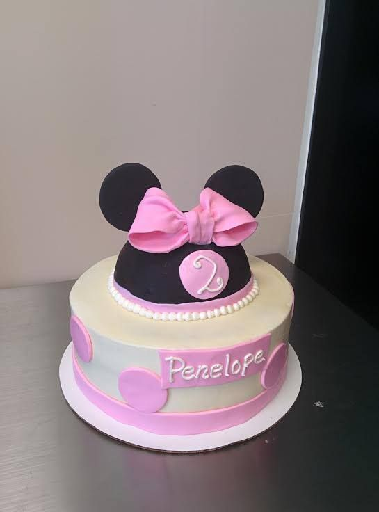Minnie Mouse Cake For A Girls 2nd Birthday Kids Birthday Cakes