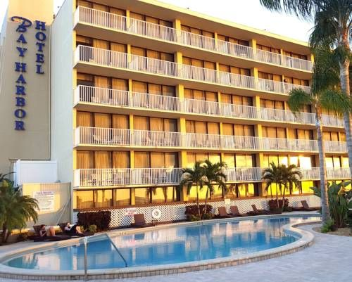 Bay Harbor Hotel Tampa Florida This Is Located On And 7 Miles From Downtown Features An Outdoor Pool Free Wifi In