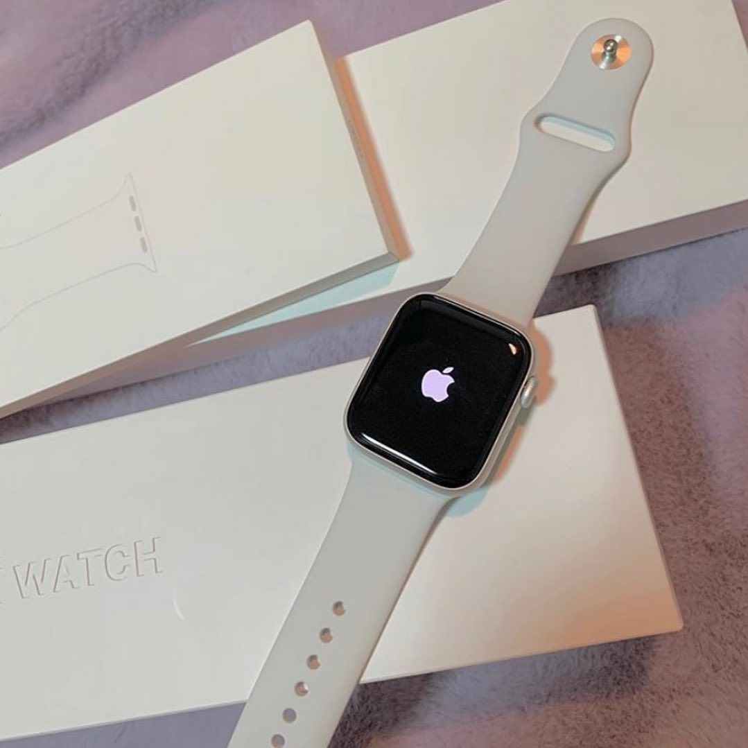 Soft Silicone Sport Apple Watch Band,white color in 2020 | Apple watch bands, White apple watch band, Apple watch white
