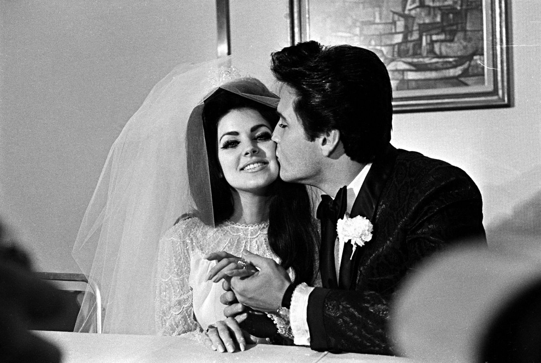 50 Priscilla Presley Wedding Dress Plus Size Dresses For Wedding