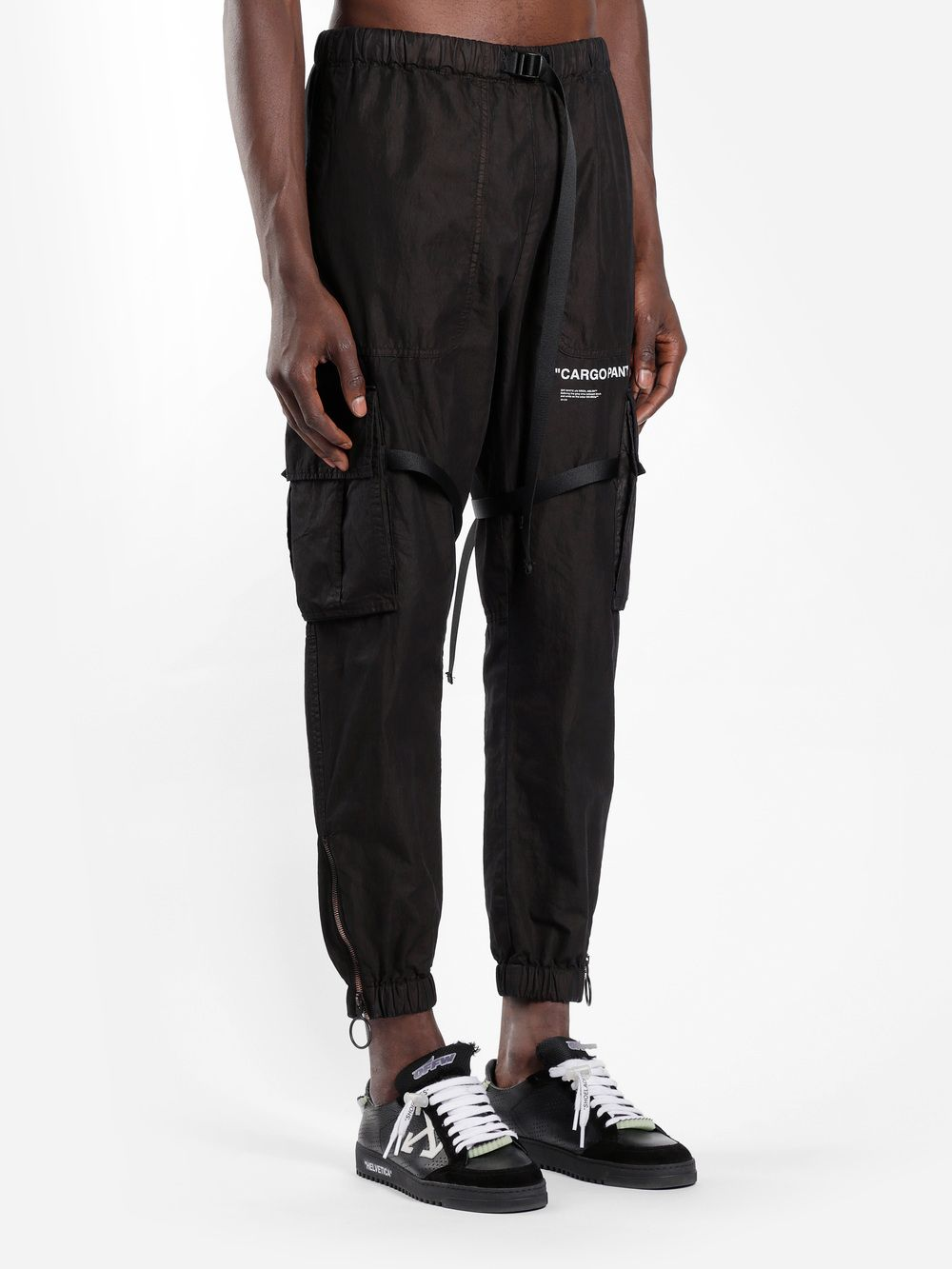 99a8e875b710 Off-White c o Virgil Abloh Trousers OMCF002E18A210101001 in 2019 ...