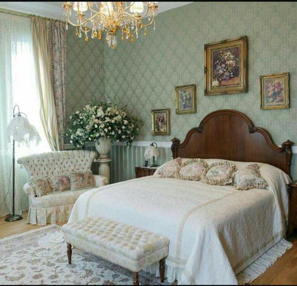 Victorian Bedroom Decor