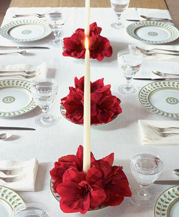 Simple Valentine Table Decor | 25 Flower Decoration Ideas For Valentine's Day | DigsDigs