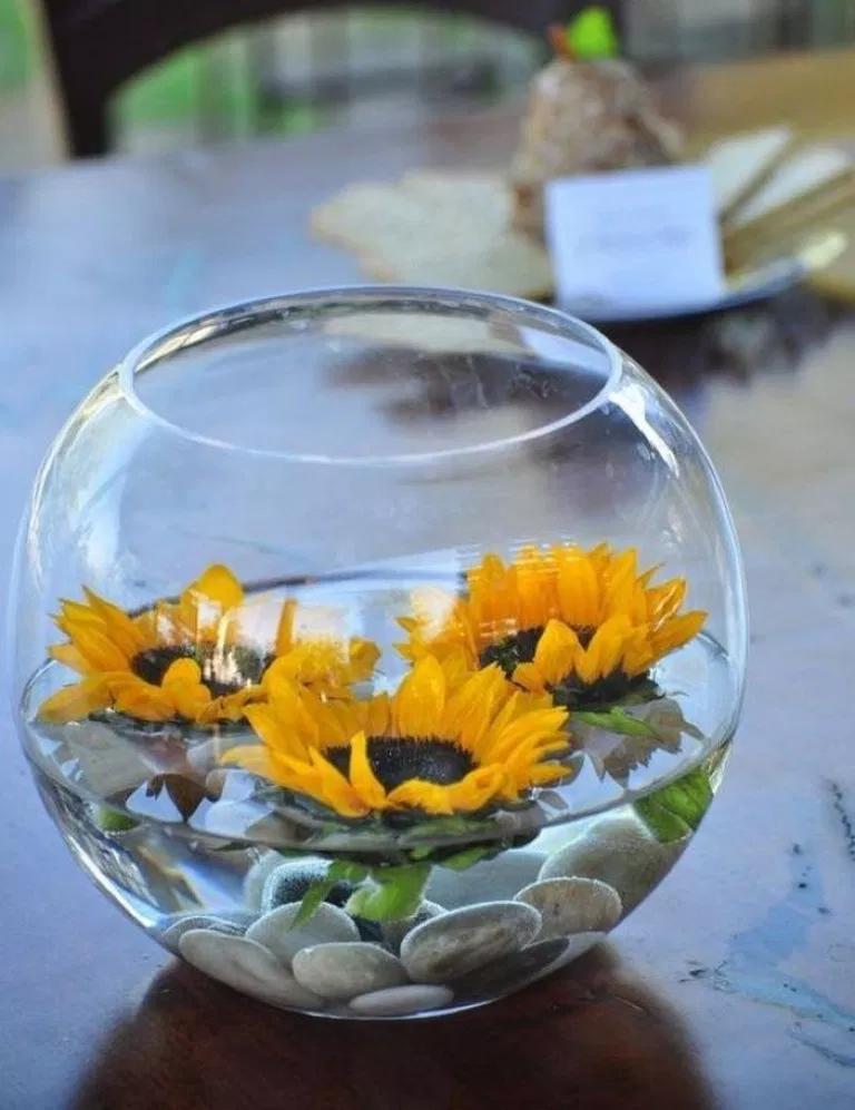 Genius Dorm Room Decorating Ideas On A Budget To Copy Dormroomideas Dormroomdecor Bedroomideas Home Designs Cheap Wedding Table Centerpieces Sunflower Centerpieces Sunflower Wedding