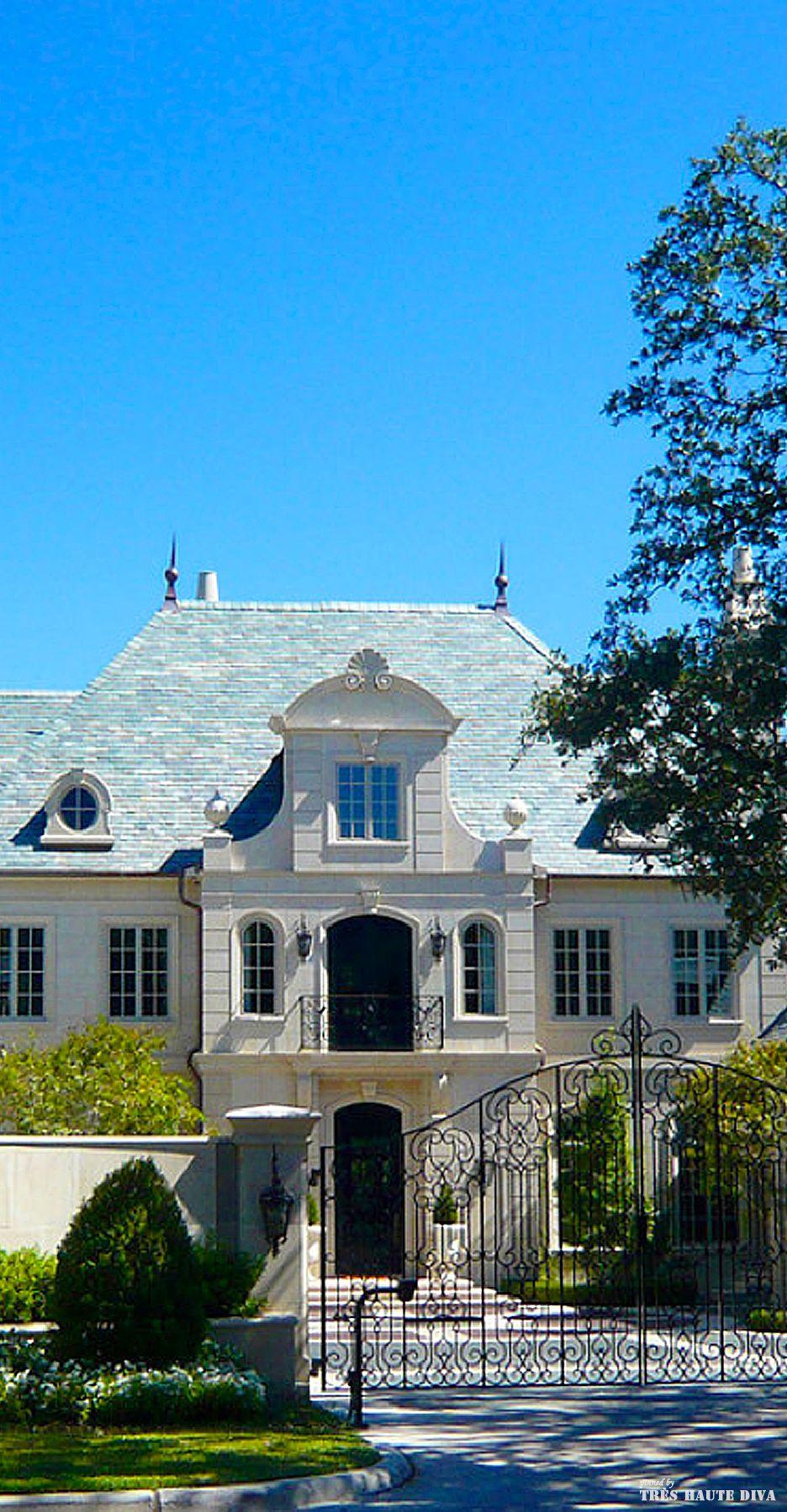 classic french chateau style exterior chateaux de millionairess pinterest french chateau. Black Bedroom Furniture Sets. Home Design Ideas