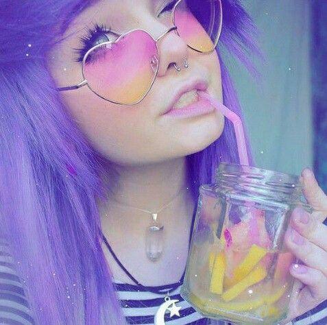 بنات ايمو Pastel Goth Fashion Emo Hair Heart Glasses