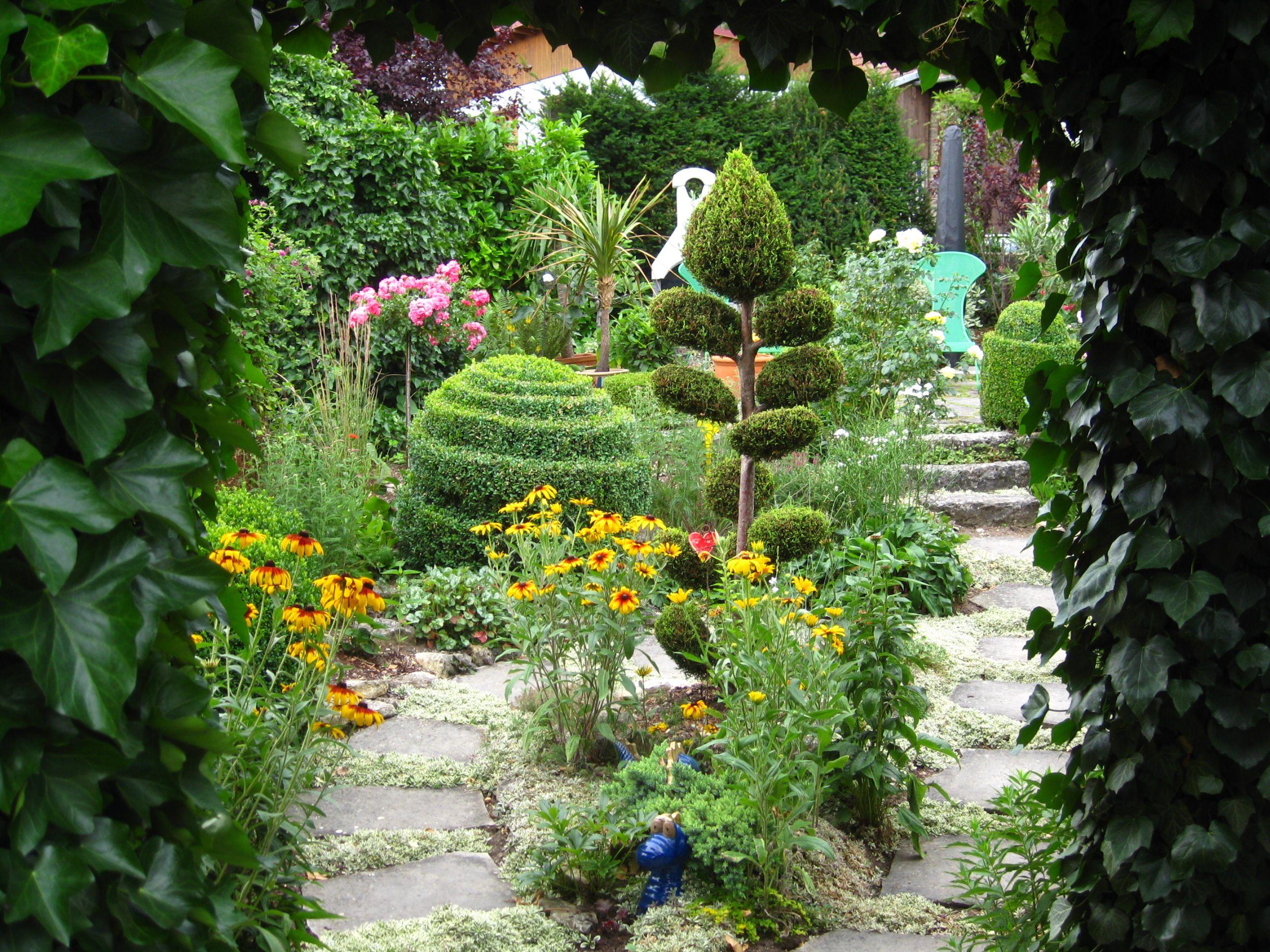 Inspirierend Pflegeleichter Garten Ohne Rasen Referenz Von 1000m² Rasen, Unser Staudenparadies Zum Entspannen Und