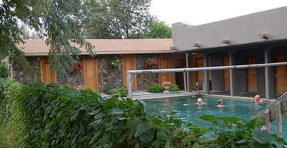 Miracle Hot Springs Hot Mineral Baths And Pools Massage