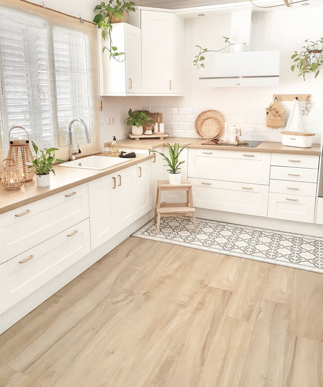 A simple and consistent kitchen @sandradeco__sweet_home 😍😍😍. Love how she uses plants to freshen up the space! Click the image to try our free home design app.  (Keywords: bright kitchen, interior design, cabinet colors, dream home, room ideas, DIY home decor, kitchen remodel, kitchen decor, kitchen ideas, kitchen wall, kitchen organization, kitchen island ideas, positive vibes, positive thoughts, relaxing home decor)