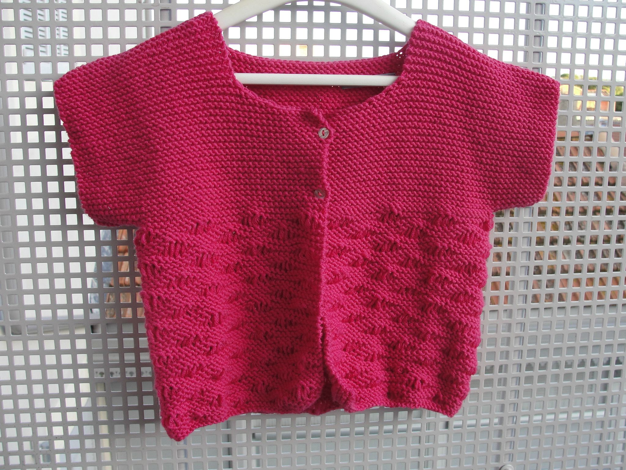 modele tricot gratuit veste fille 4 ans