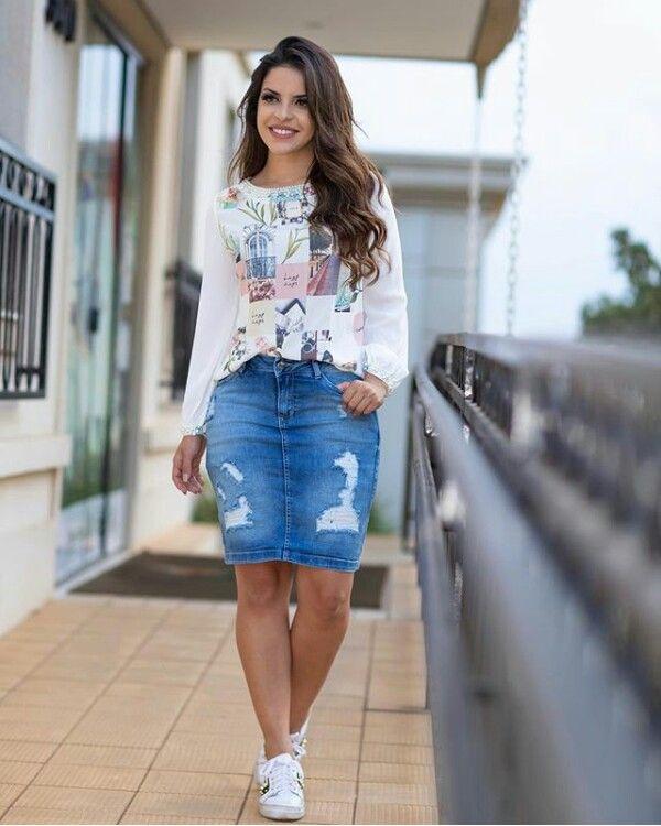 67dd98e683 Pin de Claudia Vargas en Faldas jeans corta
