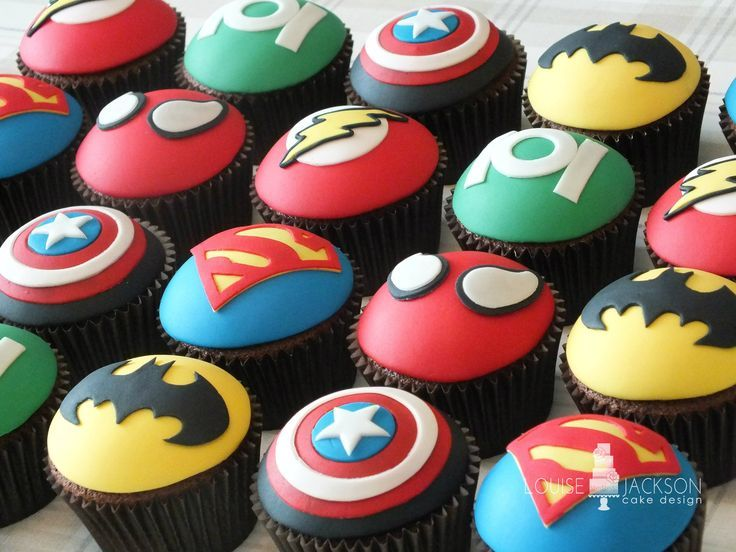Superheroes cupcakes batman superman spiderman flash captain