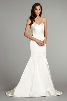 ivory fitted plain wedding dress - Google Search | Other ...