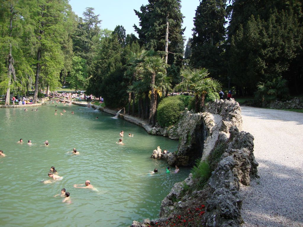 Garda Thermal Park Colà di Lazise Lake garda, Hot