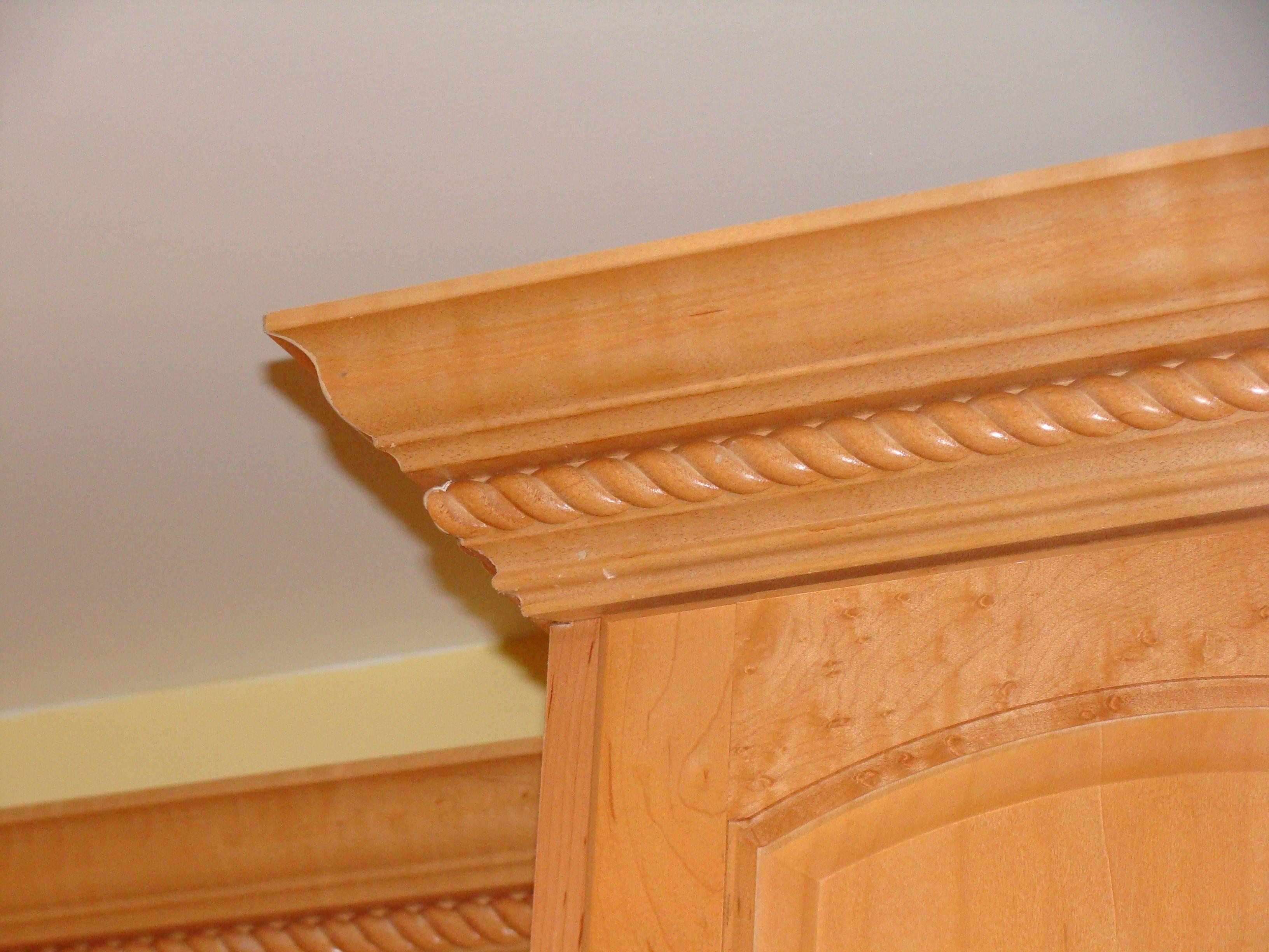 Crown Molding above Kitchen Cabinets   Hardwood Floors ...
