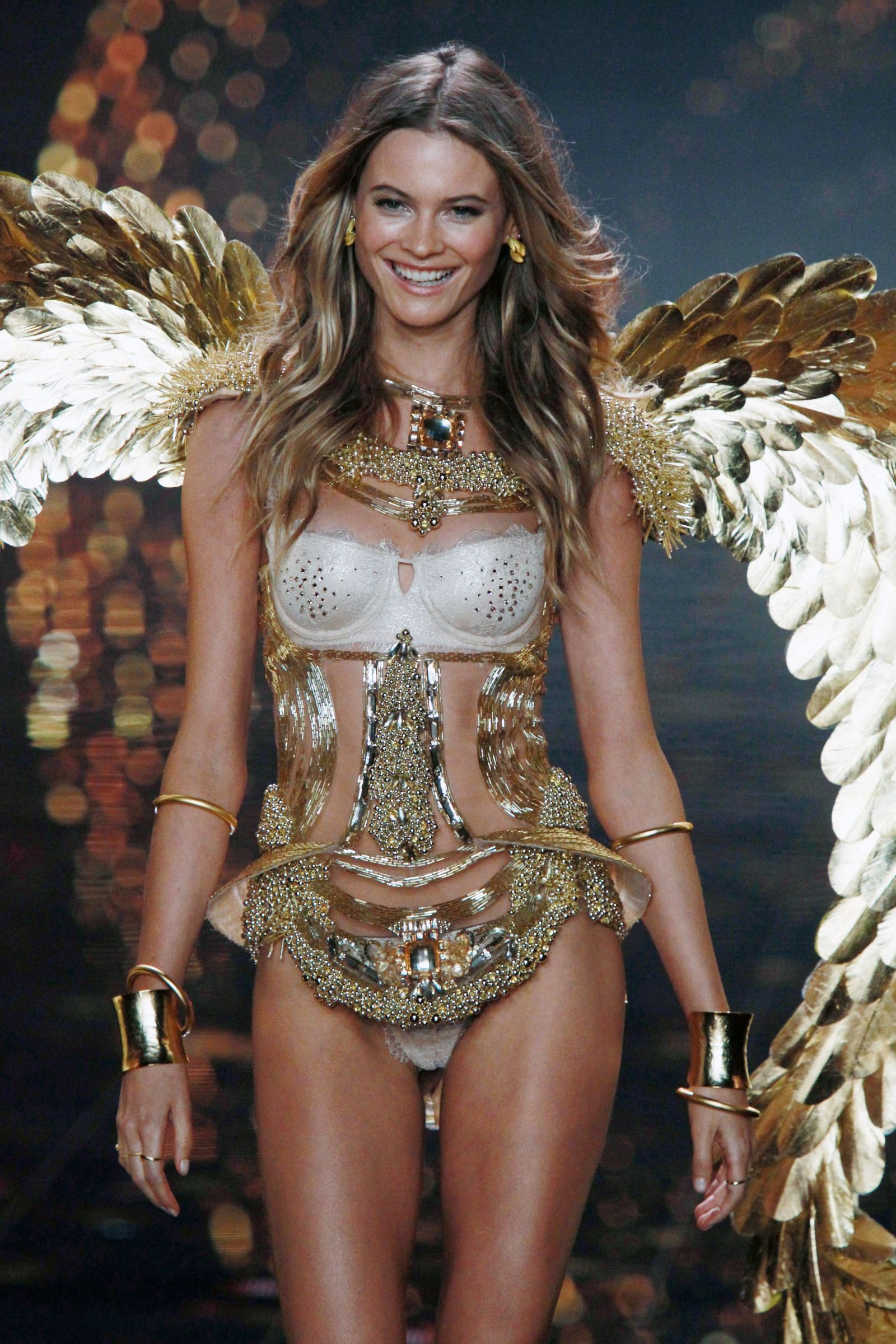 Victorias Secret Fashion Show 2015: Cheat Sheet