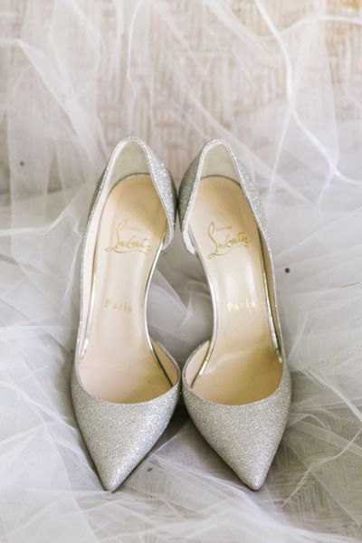 Sparkly shoes: http://www.stylemepretty.com/destination-weddings/2015/05/14/destination-maui-plantation-wedding/ | Photography: Jasmine Lee - http://www.jasmineleephotography.com/