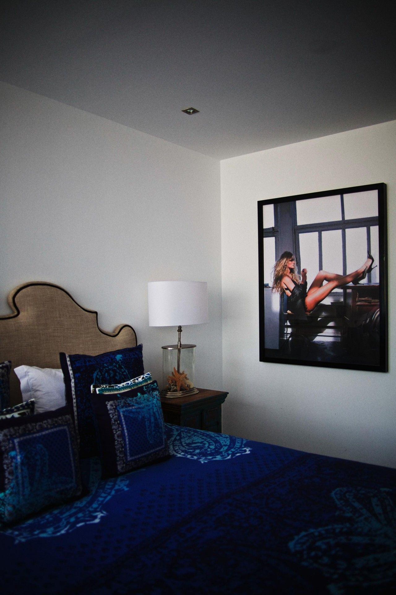 city apartment bedroom design Aquarius