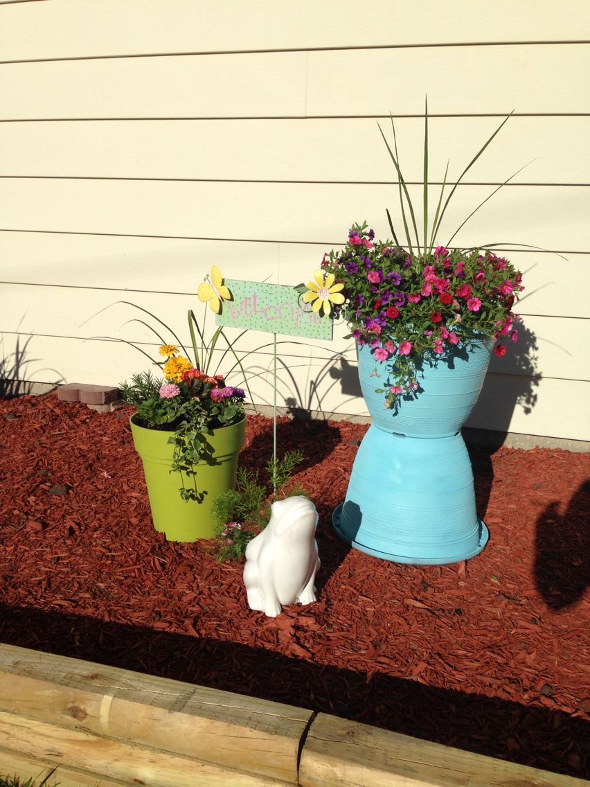 Up cycled planter with spray paint .. So cute and easy