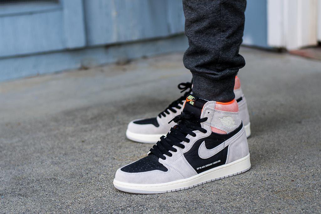 Air Jordan 1 Hyper Crimson On Feet