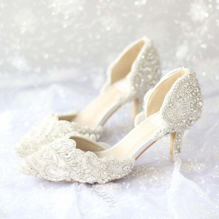 a976597103d Lace Rhinestone Low Heel Bridal Shoes in 2019