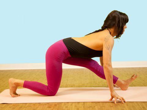 Half Front Splits Pose Ardha Hanumanasana Gaiamtv Poses Yoga Yoga Stretches