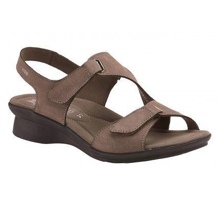 0862af07898 Γυναικεία, 2019 | Παπούτσια-τσάντες | Sandals, Shoes και Fashion