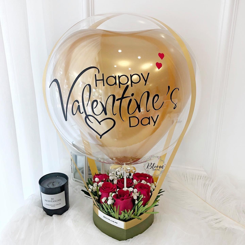Valentine Hot Air Balloon bouquet design https//www.bloom