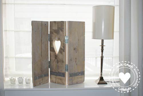 Mooi drieluik voor de slaapkamer zacht binnenstromend for Steigerhout vensterbank