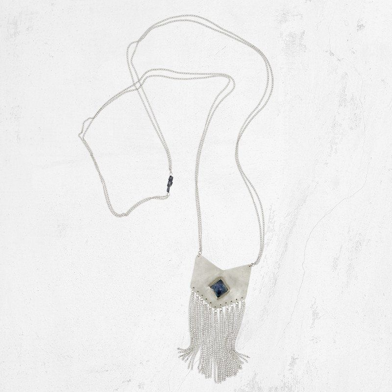 This silver chain fringe necklace embraces a boho chic vibe with minimalist design. Handmade in Austin, Texas, this sterling silver and iolite necklace is a powerful yet simple statement. #ohlittlefoxes #handmadejewelry