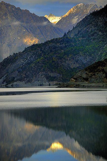Rawok tso, Kangri Karpo Range, Kham, Tibet.