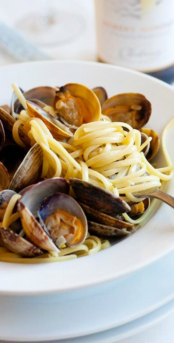 Linguine alle Vongole – best and easiest homemade pasta ...
