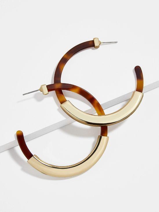 20 Pairs Of Eye-Catching Tortoise Earrings Under $50