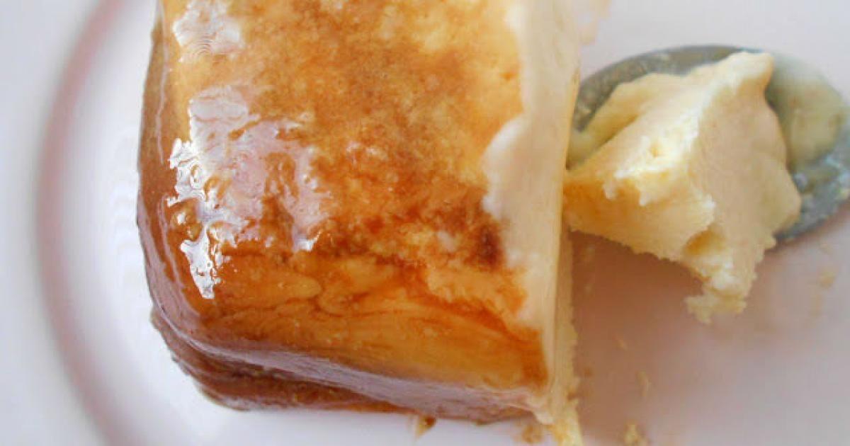Flan de leche condensada y queso en el microondas - Postres Fáciles y Ricos