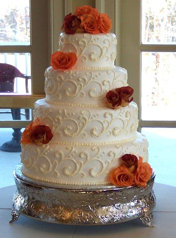 autumn wedding cakes pictures lovely butter cream frosted 4 tier
