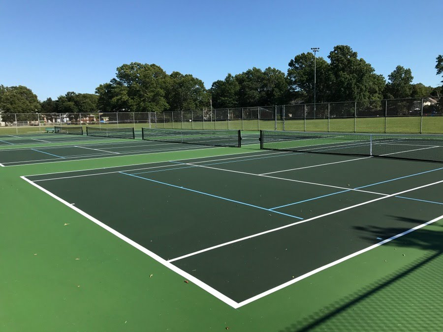 Green On Green Tennis Courts Google Search Tennis Court Tennis Court