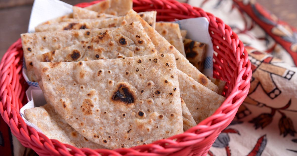 Aprende a preparar esta receta de Pan Indio (Roti), por Iván Surinder en elgourmet