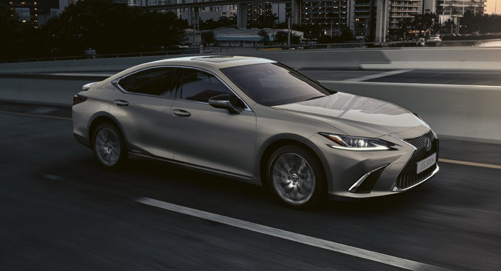2021 Lexus Es 300h Gains New Premium Edition In The Uk For Better Value Carscoops Lexus Es Lexus New Lexus