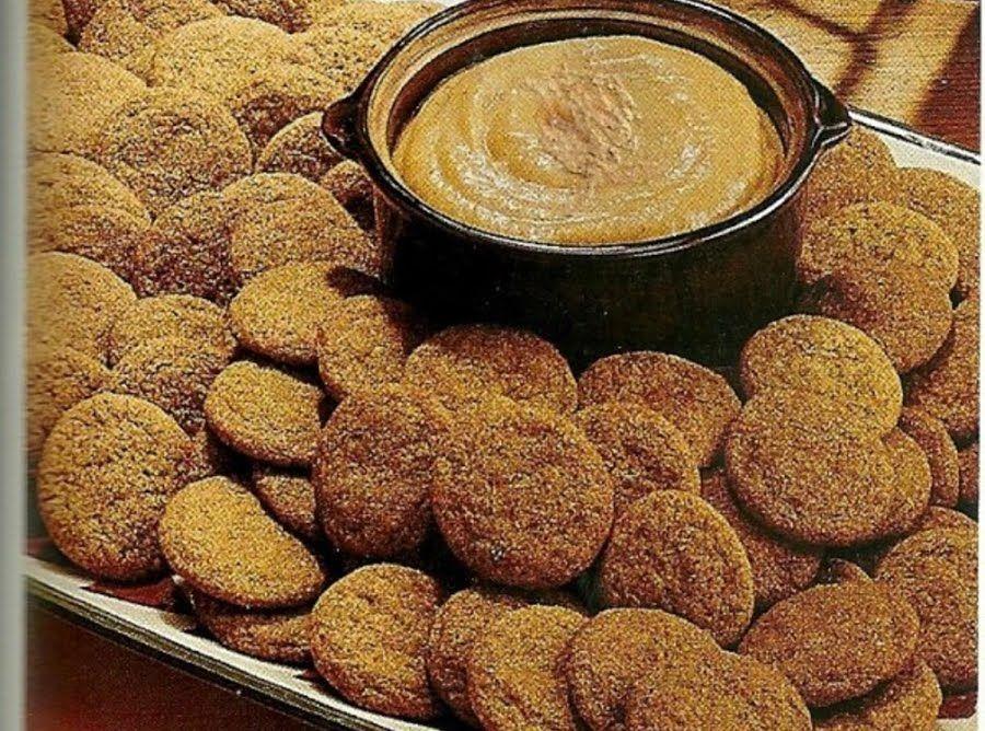 Spice Cookies w/Pumpkin Dip #pumpkindip Spice Cookies w/Pumpkin Dip #justapinchrecipes #pumpkindip