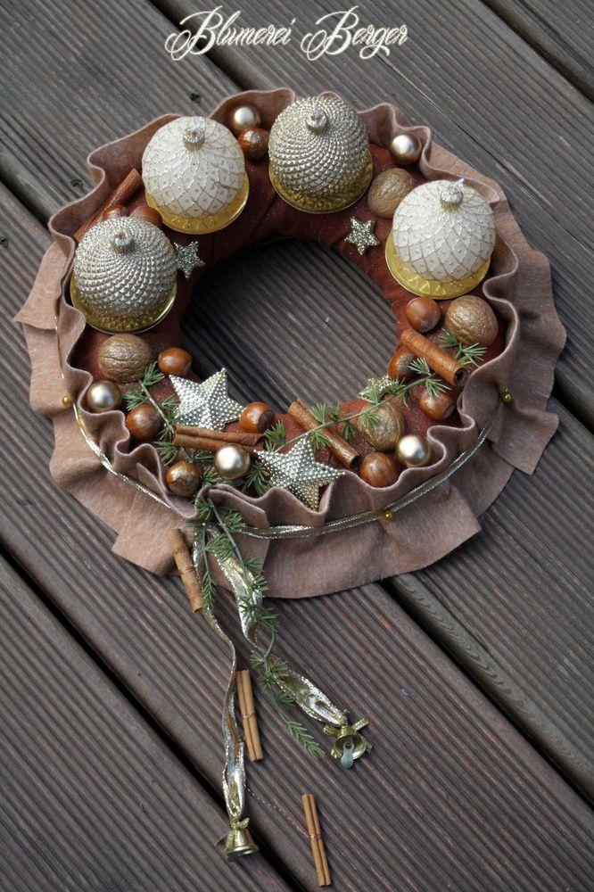 Adventskranz gold braune weihnacht von for Adventskranz edelstahl dekorieren