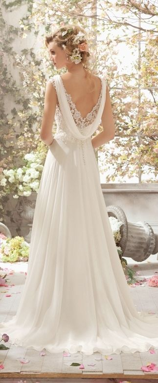 17,32 $ white wedding dress