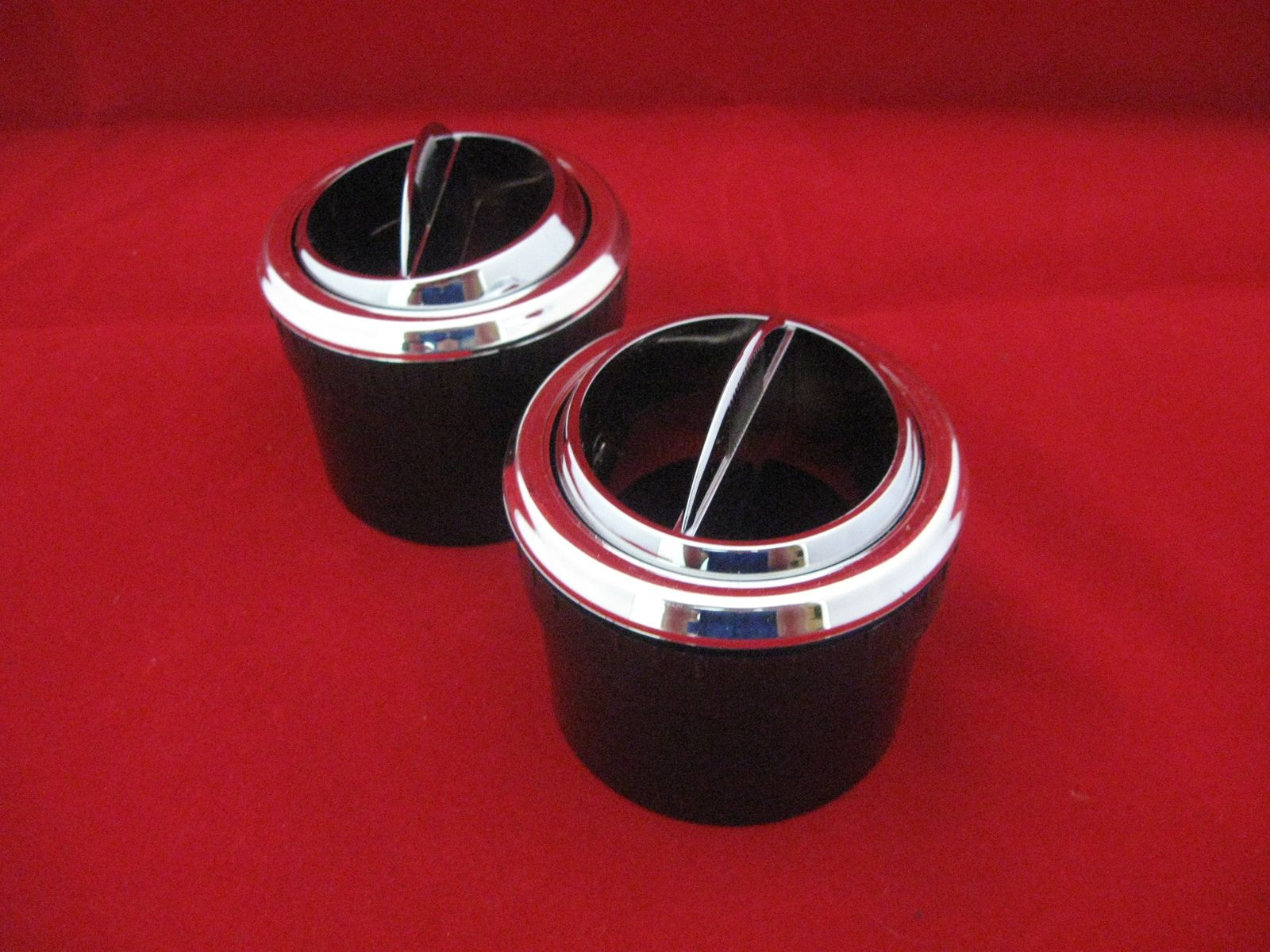 New Reproduction Round Single Vane Dashboard AC Vent Pair