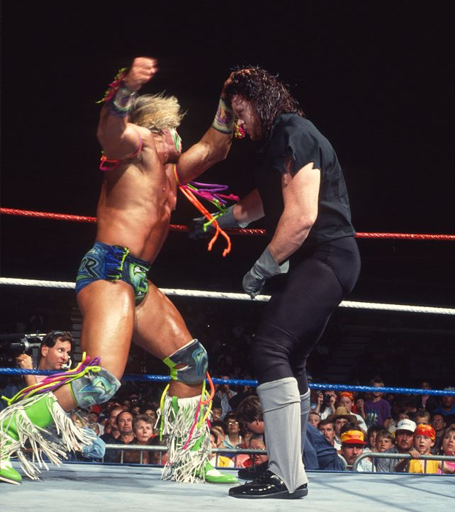The Ultimate Warrior vs The Undertaker (With images ... Wwe Ultimate Warrior Vs Undertaker